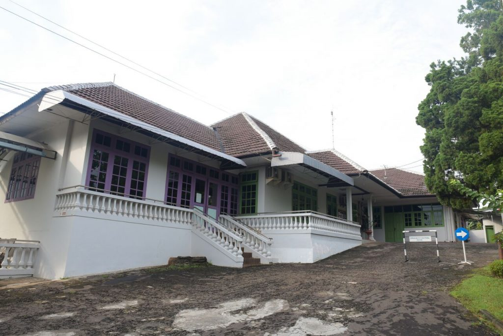 sms building2